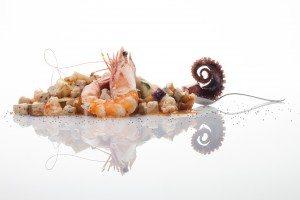 okRotoli di Pasta fresca, Pesce Spada di Bagnara, Gambero_Mediterraneo e fritto di Melanzana (2)
