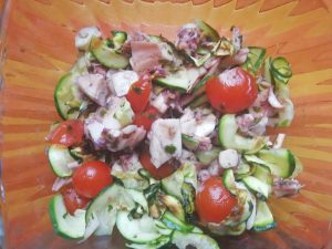 Polpo con pomodorini pachino e zucchine